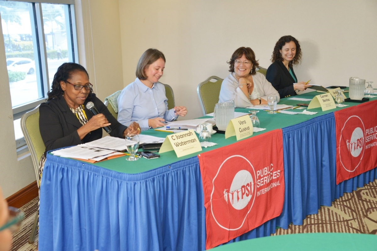 C Joannah Waterman, president of the Barbados Nurses' Association (BNA) chairs the opening session of the workshop. Also pictured from left: Vera Guseva, ILO workers' specialist for the Caribbean; Carmen Benitez G, ILO ACTRAV, Lima; Andrea Bentancor, Independent Consultant. Photo: Tempro Photographic Services