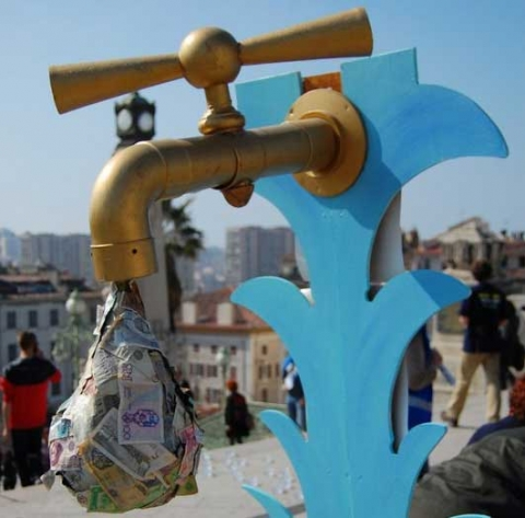 Tap and water made from banknotes at the alternative water forum