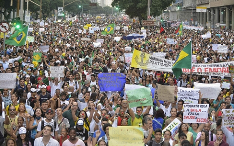 Protests in Rio de Janeiro 20 June 2013 by Semilla Luz