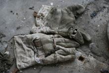 Outworn working gloves