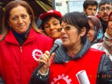 Arzu Çerkezoğlu and Rosa Pavanelli in a demonstration in 2015